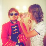"@LisaCMontoya ""When @edsheeran shows up for the 4th of July in a red coat because he just cant let it go. http://t.co/AN67mkMLI5"""