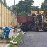 @prefmossoro recolhimento de materiais volumosos descartados em vias públicas, rua Dr. Almino Afonso, Centro. http://t.co/DaiF2Nv9iT