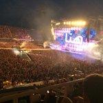 Fantastico @lorenzojova a #Firenze! Serata caldissima stadio superpieno! @comunefi #jovafirenze #jovanotti #jovatime http://t.co/WZ1AlQkoP1