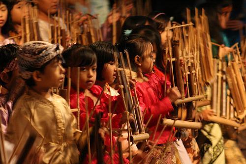 Saung Angklung Udjo Bandung - AnekaNews.net
