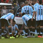 Not a good sight for Man Utd or Argentina. Di Maria is off injured in the Copa America final http://t.co/Vnc2axDVFr http://t.co/M6rhsfBGpw