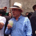 #FelizCumpeañosPresidenteUribe Un millón de bendiciones para Ud Sr. Pres. @AlvaroUribeVel ! http://t.co/BMuToXRaJN