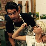 Kaley Cuoco & Ryan Sweeting got messy with paint right before #IndependenceDay - see cute pic: http://t.co/syQ7Ad8InL http://t.co/u3l4WQQnXI