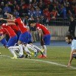 #Chile rompió la historia a lo grande y venció vía penales a #Argentina para ser campeón http://t.co/0Hjynt4s8T http://t.co/FTkuXLxTZ0