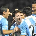 Chile puede tener la copa, pero los mejores jugadores y la hinchada la tiene Argentina #SomosArgentina http://t.co/UqRJEH6e89