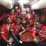 La banda pitillo logro su objetivo 💪💪💪👏👏👏👏🎊🎉🎊🎉🎊🎉 🏆 campeones carajo!!! http://t.co/zNQMpLnYc0
