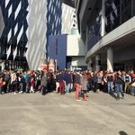Queue outside @EtihadStadiumAU at 1.09. Gen admission tickets sold out #AFLDonsSaints http://t.co/rERph1AYcL