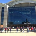 Big circle forming outside the @AdelaideOval as fans gather to remember Phil Walsh #weflyasone http://t.co/5ZrfVMwZNK