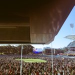 RT @emmasq: That moment when the siren sounded #weflyasone #AdelaideOval http://t.co/04P4zjF820