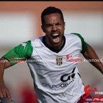 Entrevista de @joaqui7flores jugador @Merida_AD gracias crack http://t.co/yEO0lWZIdm http://t.co/9sgEk9eOPH