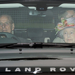 The Queen and the Duke of Edinburgh arrive for Princess Charlottes christening http://t.co/gJsRTJIdmx http://t.co/yy31YQdTXK