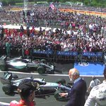 Hamilton lifts the trophy in front of his adoring fans at #Silverstone: http://t.co/JHyyNBMaAT #BritishGP http://t.co/BIsAx7U9Lh