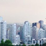 Pic doesnt do it justice. Its a hazy morn in #vancouver. There are a lot of wildfires burning across BC right now. http://t.co/SGfbMtZwI9