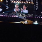 [PIC] 150705 SMTown In Tokyo Day 1 - Kangin and Teuk making hearts with their fingers kkk ???????? (Cr:@zmrcnt5) http://t.co/tmyNTixikI
