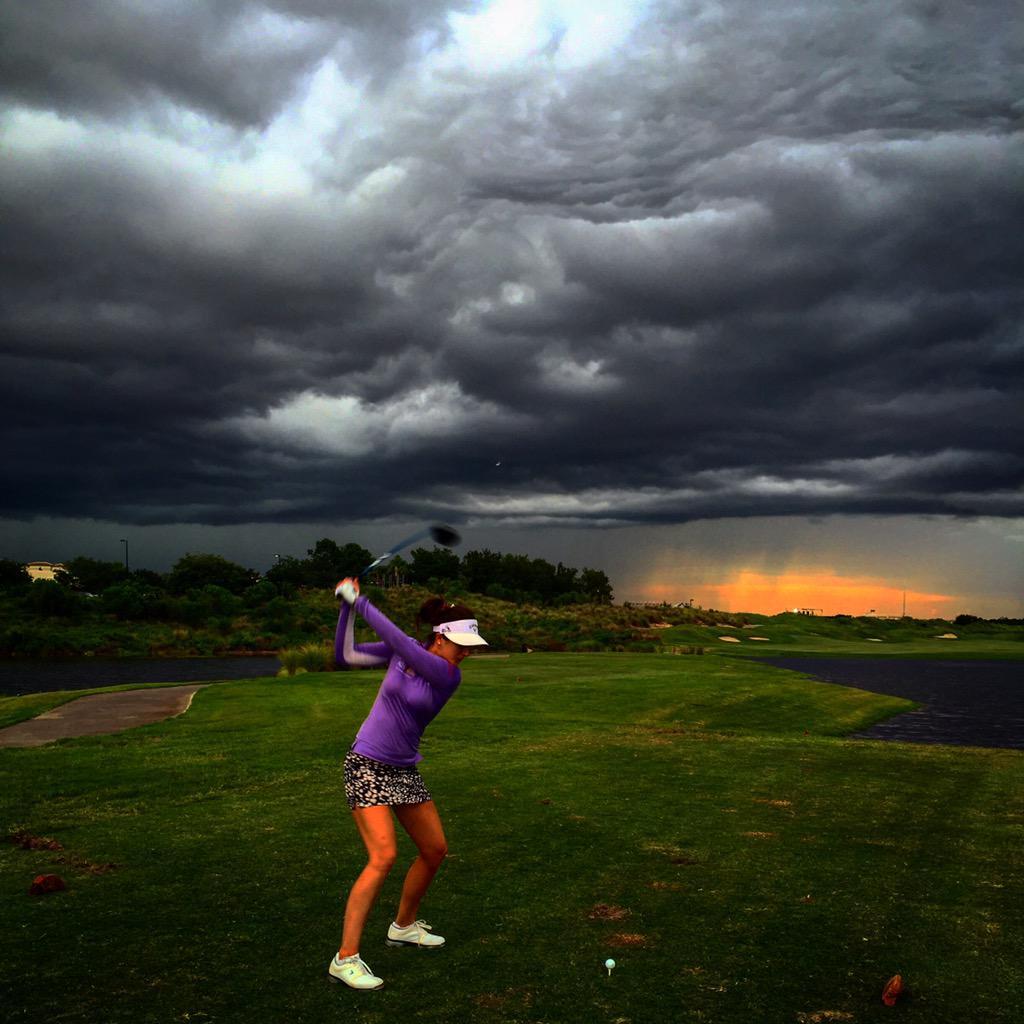 Last shot before the storm :) ☁️⚡️ http://t.co/YTLPxOx0NR