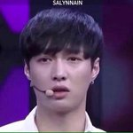 Yixing asked the fans to stay and be with EXO. Yixing is the real angel istg ???????? EXO-Ls rn: http://t.co/ZCNwG212AO