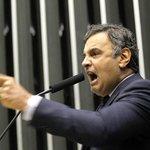 Aécio deve evitar defesa aberta de impeachment em convenção tucana http://t.co/1cHQWpQIuw http://t.co/shux54lTGc