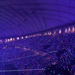 #SMTownTokyoDomeDay1 DAMN COOL! SUPER JUNIOR-Blue Ocean SNSD-Pink Ocean SHINee-Green Ocean EXO-White Ocean ⓒraichanxd http://t.co/RZATn2yFrF
