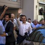 Итоги референдума: Греки отвергли предложения международных кредиторов https://t.co/sdIKVdiFvE http://t.co/xWSH4bhuJ2