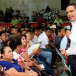 Día y noche, trabajamos para que #QuintanaRoo te siga brindando los resultados que quieres para tu familia. @CCQ_PRI http://t.co/Wx63Dz3uhA