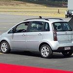 Auto Fiat transportara al Santo Padre desde aeropuerto hasta Monteolivo donde tomara papamovil #FranciscoenEcuador http://t.co/8cnt1LsQ3N