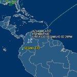 El avión de @Pontifex está sobre el espacio aéreo de Colombia #FranciscoEnEcuador Desde las 14:00 en vivo http://t.co/n4emr1AsIm