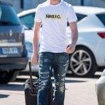 """De Gea: """"Im going to Manchester for pre-season"""" - http://t.co/O9O0z9TIa9 http://t.co/FHx7Bm2DfG"""