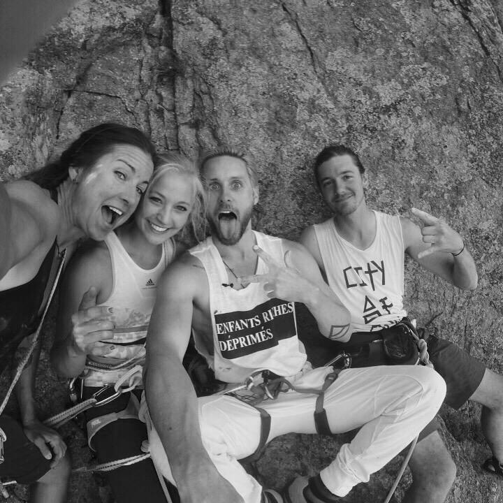 RT @sashadigiulian: Life on the lEdge #FourthofJuly on top of Devils Tower @JaredLeto @GoPro photo #getoutside http://t.co/p5KqVtAXwP