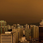 Whoa! 25 photos of #Vancouvers Martian sky this morning http://t.co/dnfv1QaFW9 http://t.co/qEcHwgBRV5