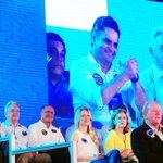 Aécio, Fernando Henrique, @geraldoalckmin_ e Leticia, esposa de Aécio. #OposicaoAFavorDoBrasil #EquipeAN http://t.co/SBYMGanWCp
