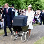 Princess Charlotte was taken to church today in this Millson pram, previously used for Prince Edward & Prince Andrew. http://t.co/Netmsm2Jga