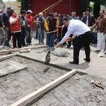"""""""Obras que comunican #Toluca dan progreso"""" Más de 8000 habitantes beneficiados con entrega de obras de pavimentación. http://t.co/qpjBfT6Y22"""