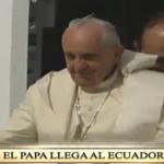 Momento histórico | El #PapaFrancisco llega al #Ecuador: http://t.co/MzKuhGyn2X #ElPapaEcuavisaYyo http://t.co/N3SY415o80