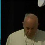 #Actualización ¡El papa ya está en Ecuador! Así fue el arribo de Francisco a suelo ecuatoriano http://t.co/bmW2GX9tqK http://t.co/2YDVPDvprO