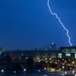 Zeus schickt einen Blitz ins deutsche Bundeskanzleramt. OXI! @KPOE_EL @mosaik_blog @WienANDAS @tsipras_eu @rudifussi http://t.co/eM6JuMYJkL