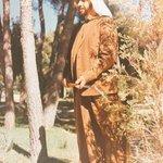 رحم الله رجلاً نادراً ، أحبَّنا بخُلِقهِ فـ حبّبَ اللهُ خَلقَهُ فيه .. #ذكرى_وفاة_الشيخ_زايد http://t.co/hHRenpUldz