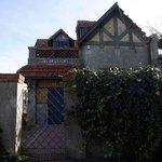 Intendencia de Montevideo quiere conservar una casa donde solía veranear Gardel http://t.co/37rhm19i7X http://t.co/lKmrFs1ISv