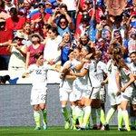 TERMINÉ !!! #USA 5-2 #JPN Les américaines sont championnes du monde !!! http://t.co/5FetpgHprl