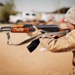 مسؤول أمني أمريكي (يقول) داعش بدلت قواعد الحرب بعد زمن بن لادن.. أنصارها (زومبي) يتحركون... http://t.co/NOj26f6GTo http://t.co/lve8ruFWIY
