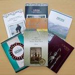 Все каталоги можно приобрести в нашем сувенирном киоске. Киоск работает среда-воскресенье с 10.00 до 17.00 http://t.co/IgHxJrGmTV
