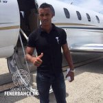 Nani arrives in Turkey to undergo a medical and to complete his £6m transfer to Fenerbahce. #MUFC http://t.co/LR1wUKZol0