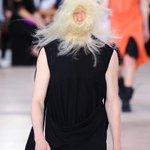 リック・オウエンス 2016年春夏メンズコレクション - リックが考える男らしさの定義 http://t.co/gPwoOt3C8g http://t.co/lu40IoQoBw