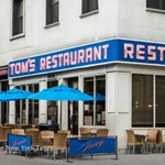 A food tour of Seinfelds New York http://t.co/UTzhvboCa5 http://t.co/v8Ru1Z0gsY