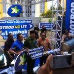 Dan finally, XL 4G LTE telah resmi hadir di Kota Mataram,Lombok...!! #4Goodness cc @XLent_NTB http://t.co/iA78WDPTYR