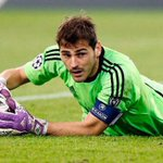 [#Transfert] Selon @tve_tve, Iker Casillas est proche de signer à Porto ! http://t.co/IDufpBBRQf