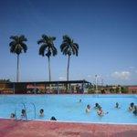 #cyberFamilia ha llegado el Verano! Miren como se goza en #Cuba #FelizLunes ¡Buen día! http://t.co/ggVNH7eF7c