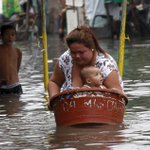 Storm shuts Manila schools, floods northern PH towns http://t.co/9ftNLA88sP #EgayPH (Photo via Reuters) http://t.co/bIsc3gw3vo