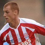#LUFC face battle to sign Steve Sidwell after #SCFC midfielder emerges as a target for Whites. http://t.co/v3LqnbHXaQ http://t.co/IVP5BGI8DD