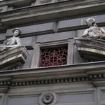 #beauty with and without #face. #prague is full of #touching #details. Discover them with http://t.co/bfCE8Utgew http://t.co/aPUFuCIfUH