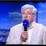 """""""Le référendum grec aura des conséquences contrairement au """"non"""" français"""" @chevenement dans #E1midi http://t.co/yOHpa7am7u"""
